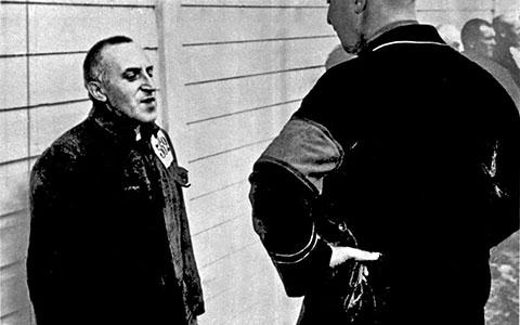 2-Carl-von-Ossietzky-strasse-Bundesarchiv_Bild_183-R70579__Carl_von_Ossietzky_im_KZ