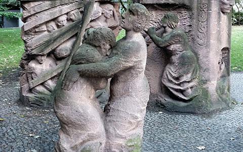 2-Rosenstrasse_Denkmal_1